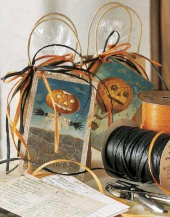 Halloween Gift Bags - Cute Gift bag ideas Pinterest - halloween gift bag ideas