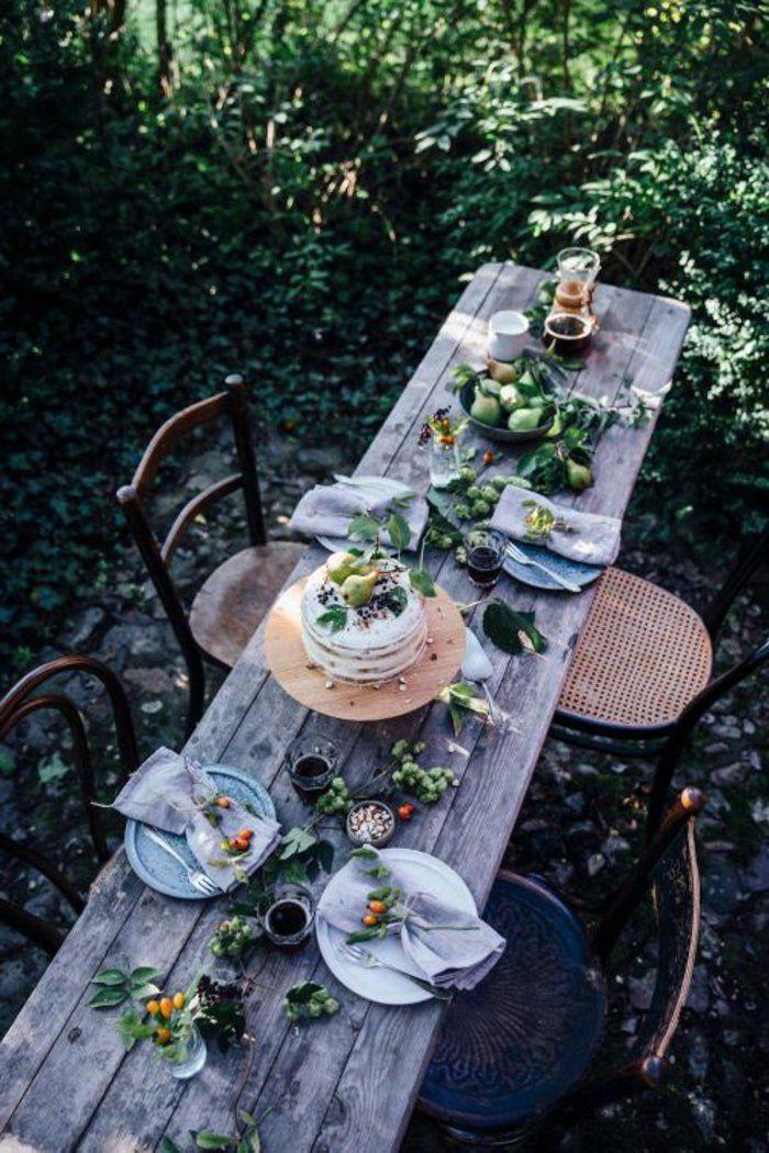 Gartenparty deko tischdeko ideen grün frisch rustikaler gartentisch