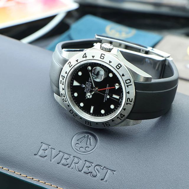 Curved End Rubber Strap for Rolex Explorer II Deployant #rolexexplorerii