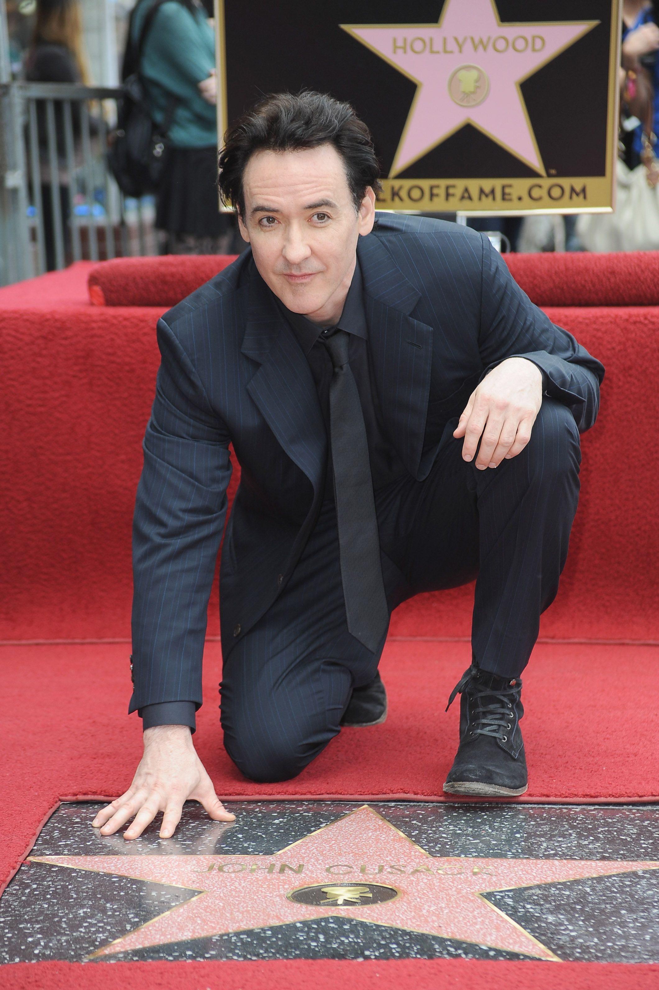 Congratulations To John Cusack He Just Received A Star On Hollywood S Walk Of Fame Etcanada Photo Fra Hollywood Walk Of Fame Walk Of Stars Celebrity Stars