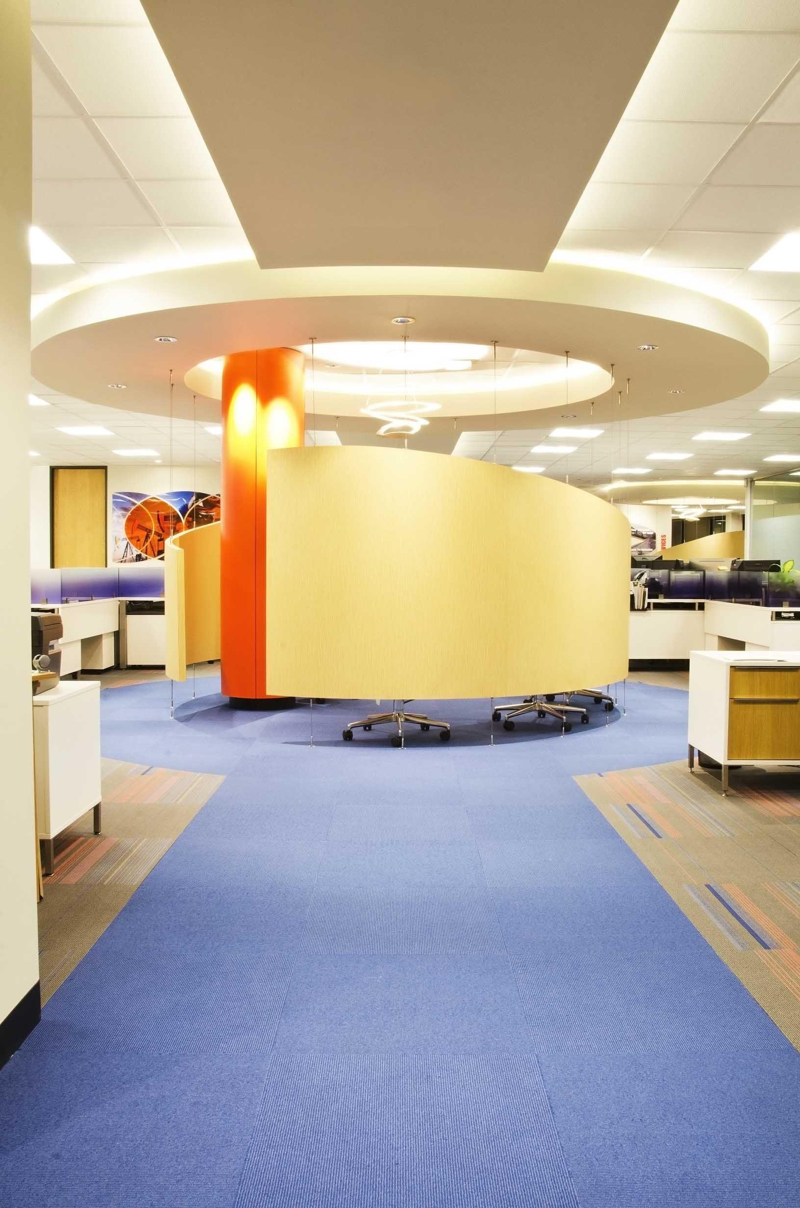 Axiom Visit Www Deskmakers Com Successstories For More Info Benchworx Teamworx Officefurniture Desking Ben Open Floor Plan Eurostyle Office Environment