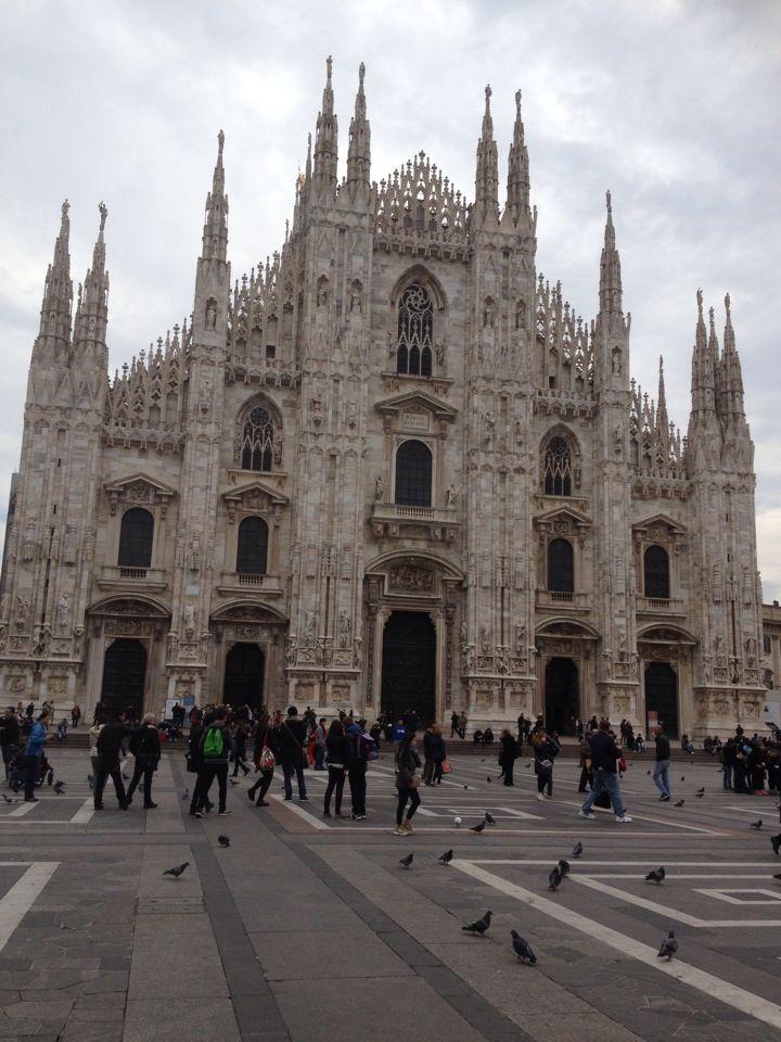 Piazza Del Duomo Milan Cathedral Duomo Milan Italy
