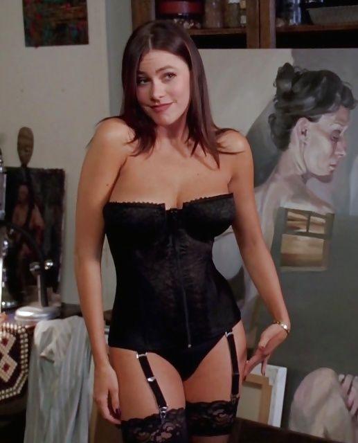 Sofia Vergara - Famous Nipple