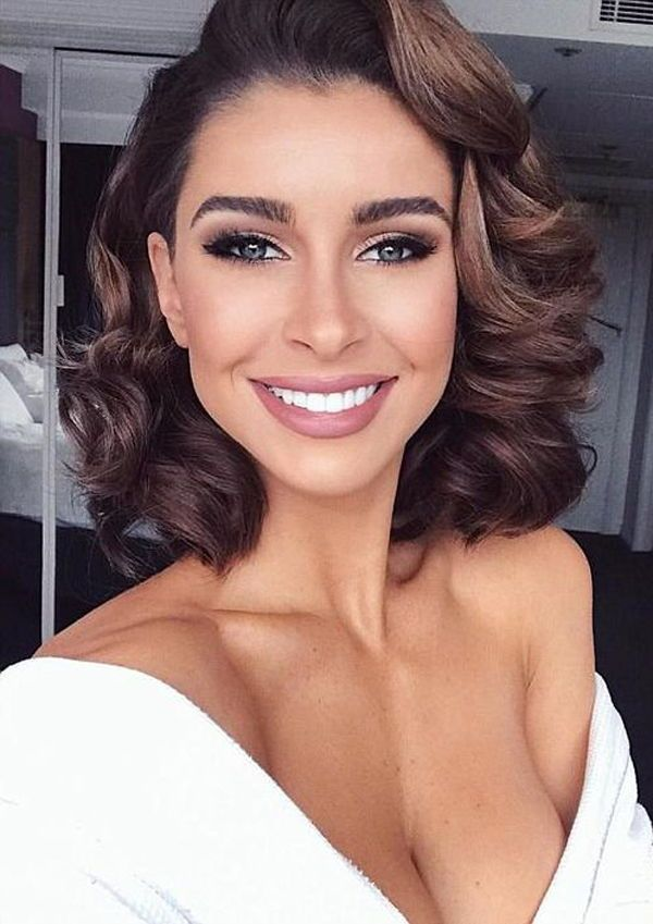 Be The Showstopper In The Evening With These Hairstyles Become The Ultimate Hero Wit Short Wedding Hair Prom Hairstyles For Short Hair Wedding Hair And Makeup