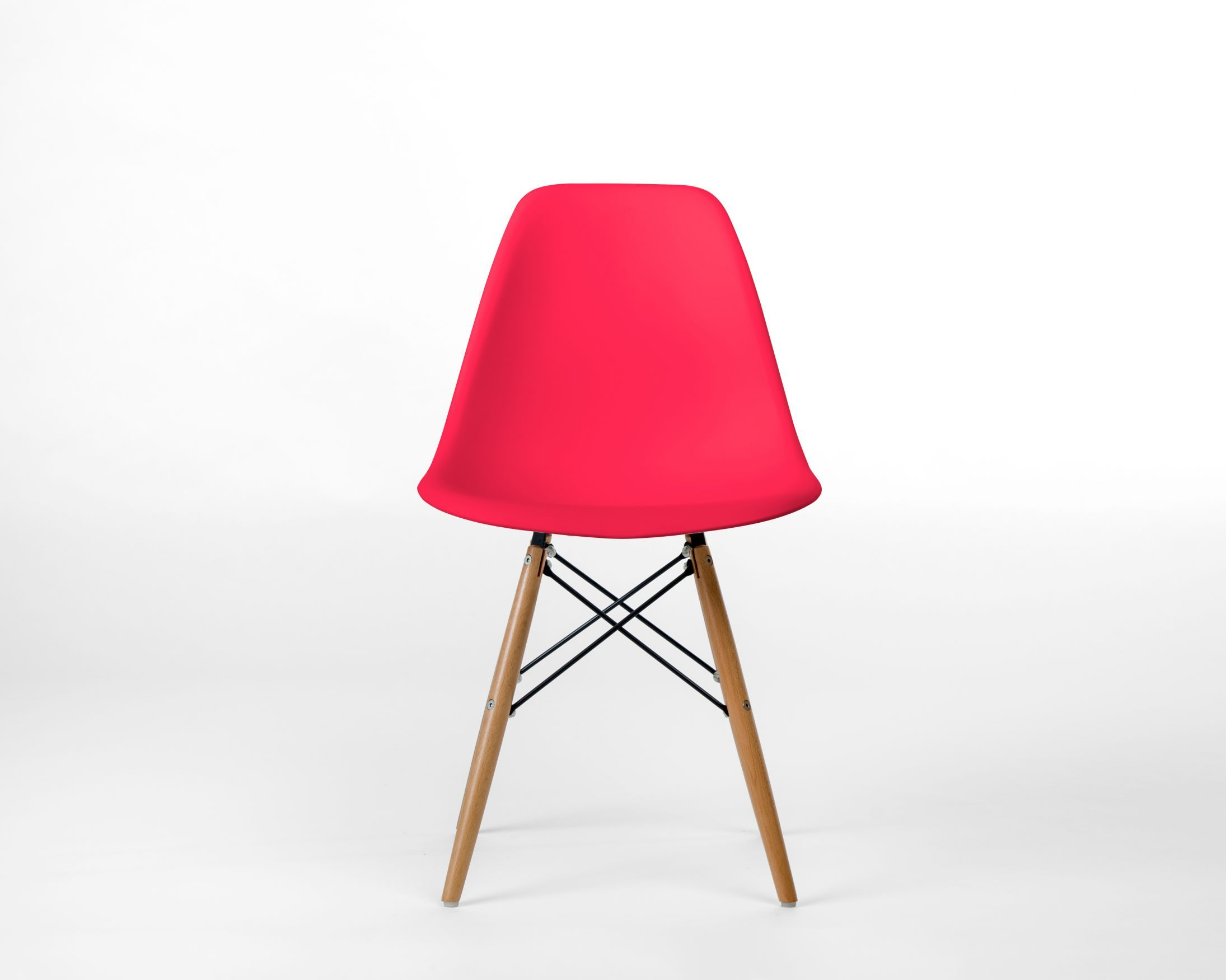 Dsw molded plastic side chair wooden dowel base rove
