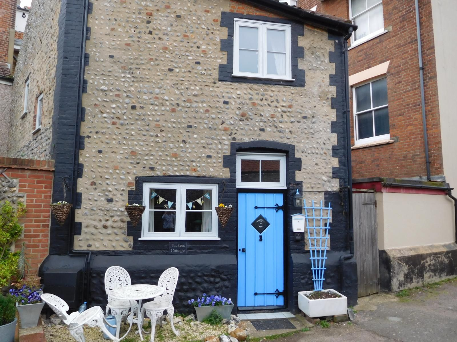 Tuckers Cottage Cromer Norwich Norfolk England Holiday Travel Accommodation Self Ca Holiday Cottage