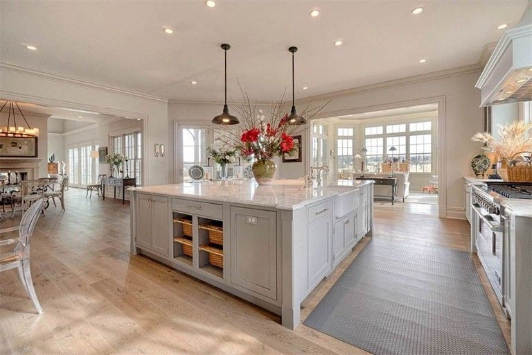 35 Admirable Practical Kitchen Ideas You Will Definitely Like Kitchens Kitchendesign Kitc Modern Farmhouse Kitchens Open Concept Kitchen Kitchen Floor Plans