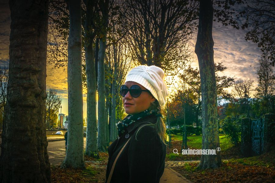 Girl in Paris - It was an elegant autumn sundown in lovely Paris. And I'm always in love with her nicely... / by Akın Can Şenol is licensed under a Creative Commons Attribution-NonCommercial 4.0 International License.