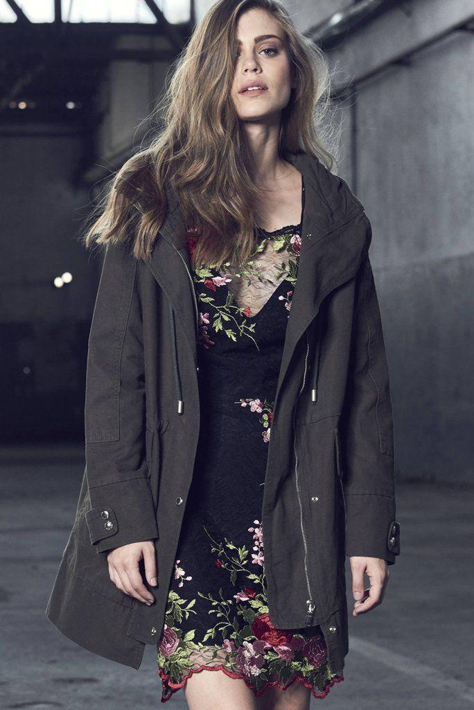 7382ff745 Jaqueta Parca | mae criativa | Jackets, Fashion e Blazer