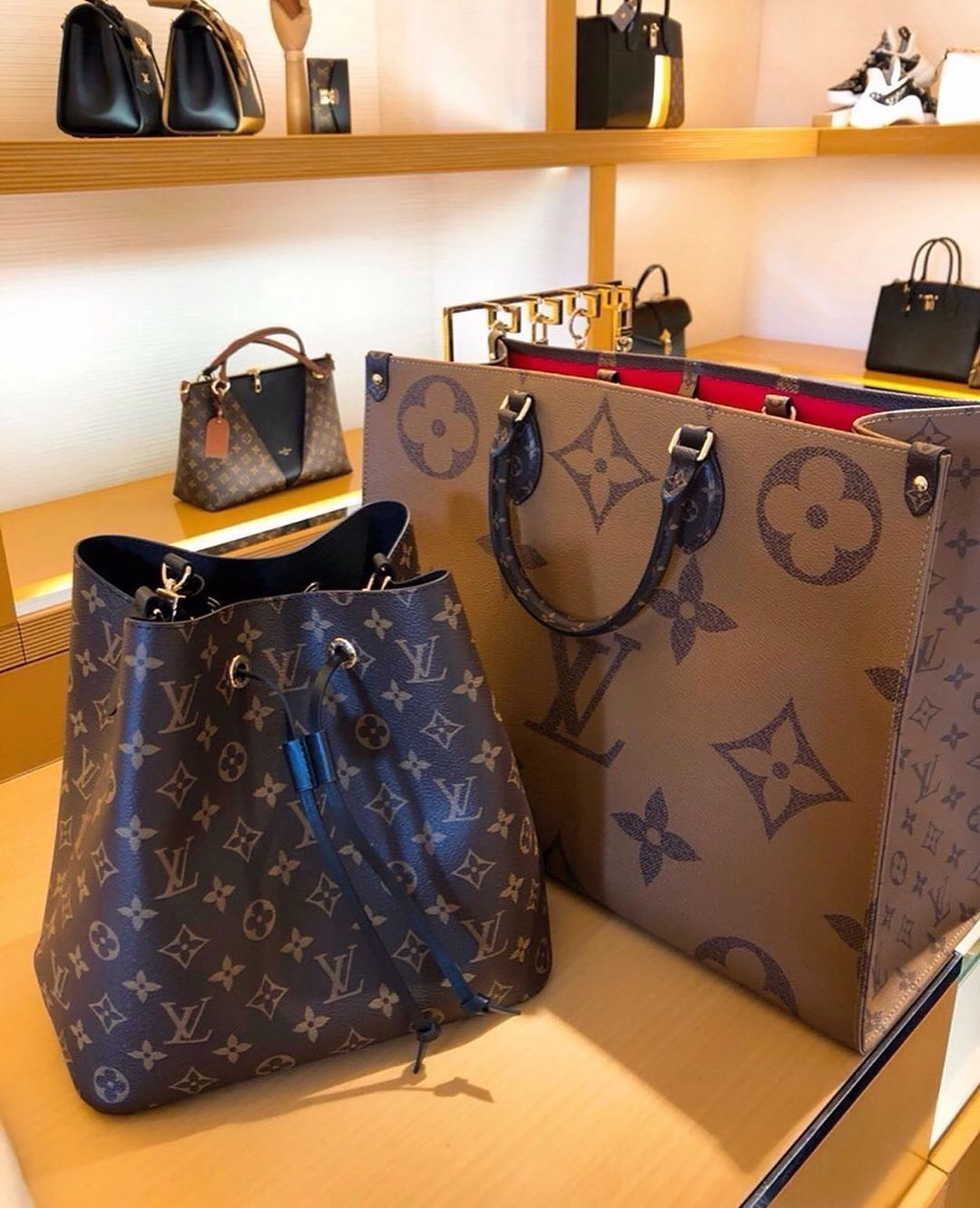 High Quality Replica handbags | best fake designer bags | Fake designer bags,  Bags designer, Louis vuitton bag
