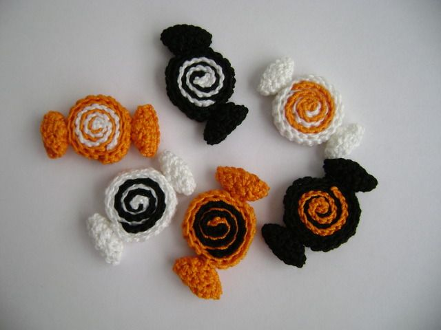 Cute crochet halloween candies for a wreath