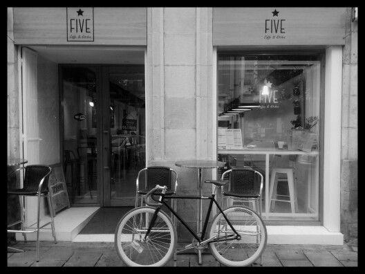 FIVE coffee&kitchen .vitoria- gasteiz