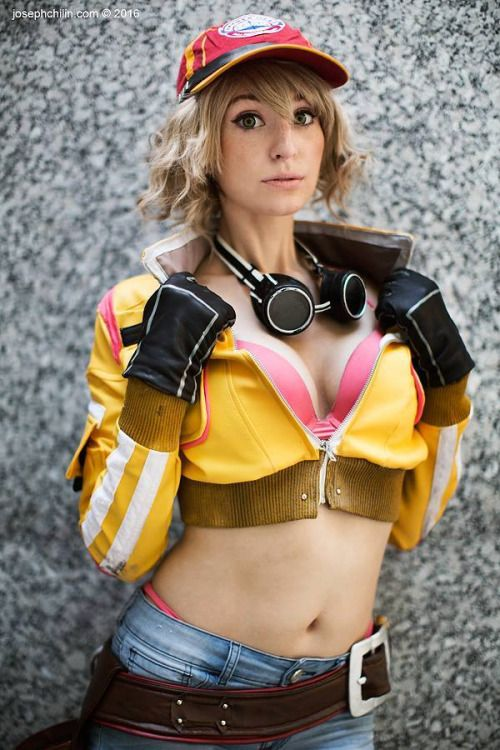 Final fantasy 15 cidney cosplay