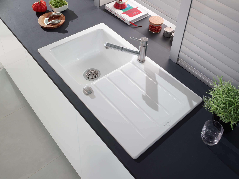 Edelstahl, Keramik, Glas, Granit oder Quarzkomposit: Welches ...