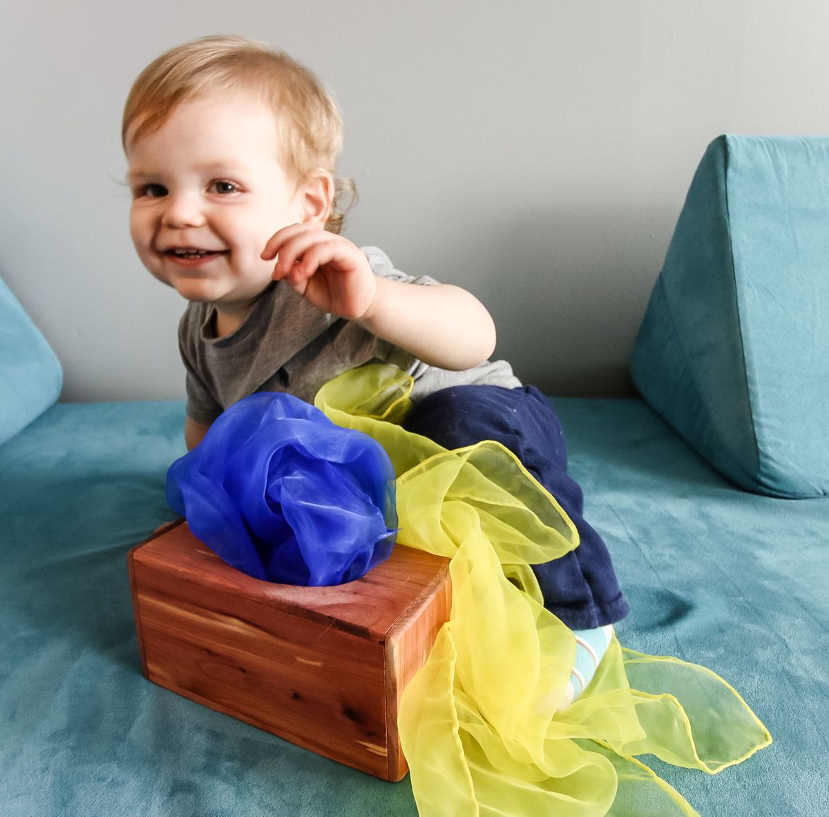 How to make a diy magic tissue box for babies in 2021