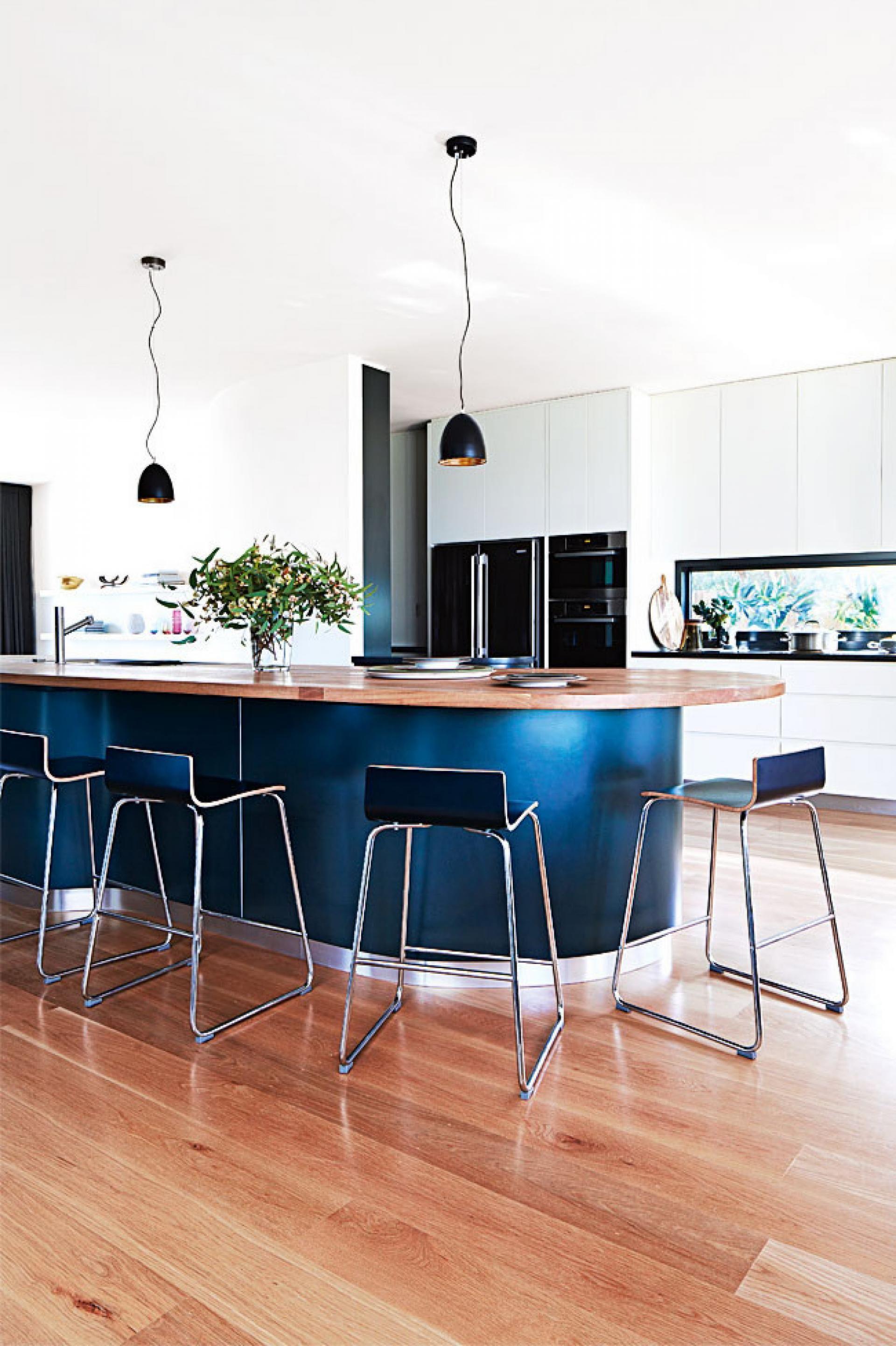 Curved Kitchen Blue Island Bench In European Oak