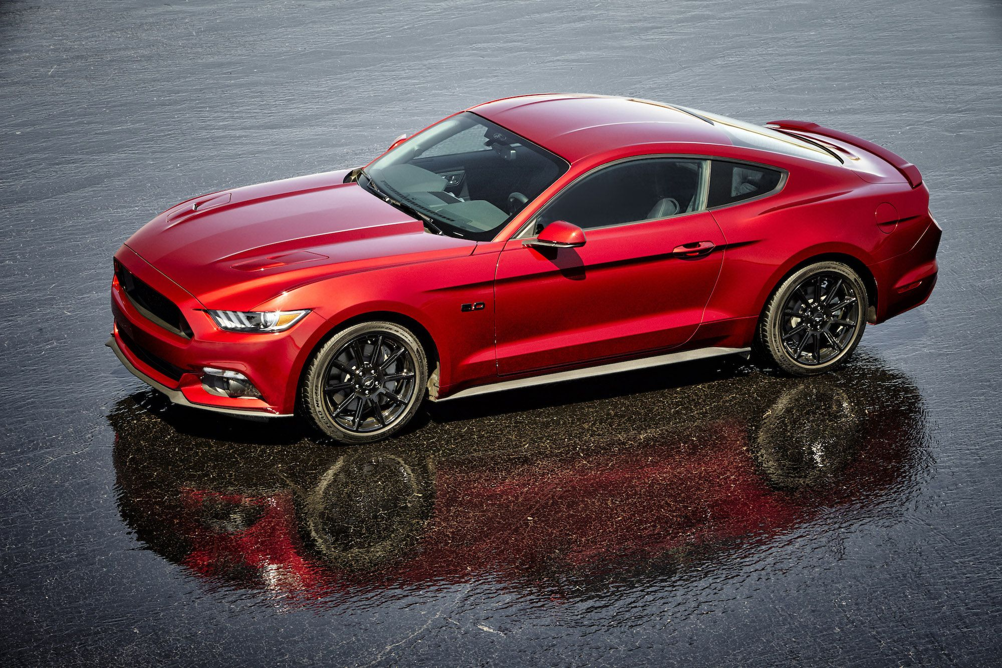 2016 ford mustang gt features two throwback trims california special and pony packages