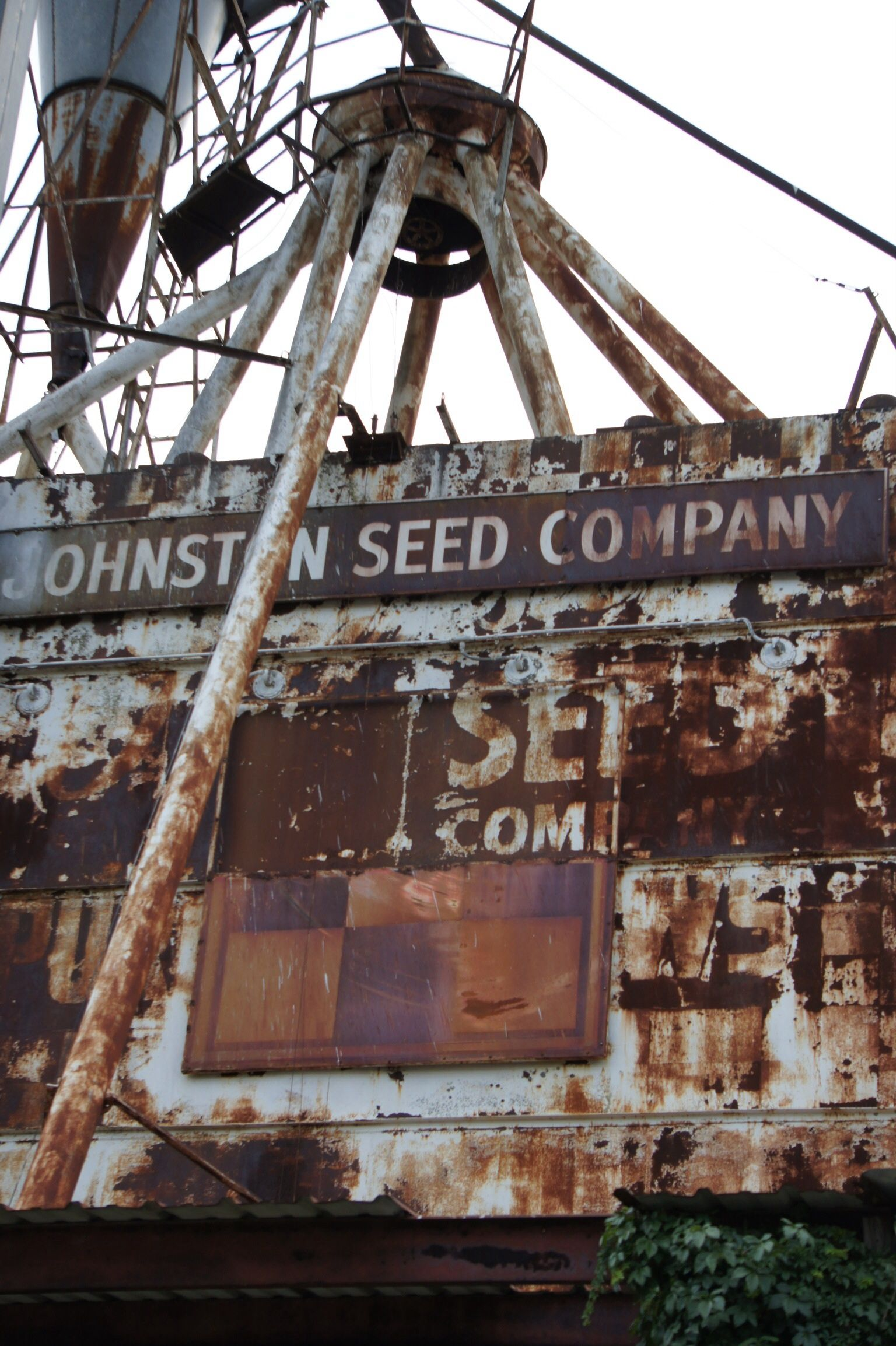 Old Feed And Seed Plant In Terrell Tx Planting Seeds Seeds