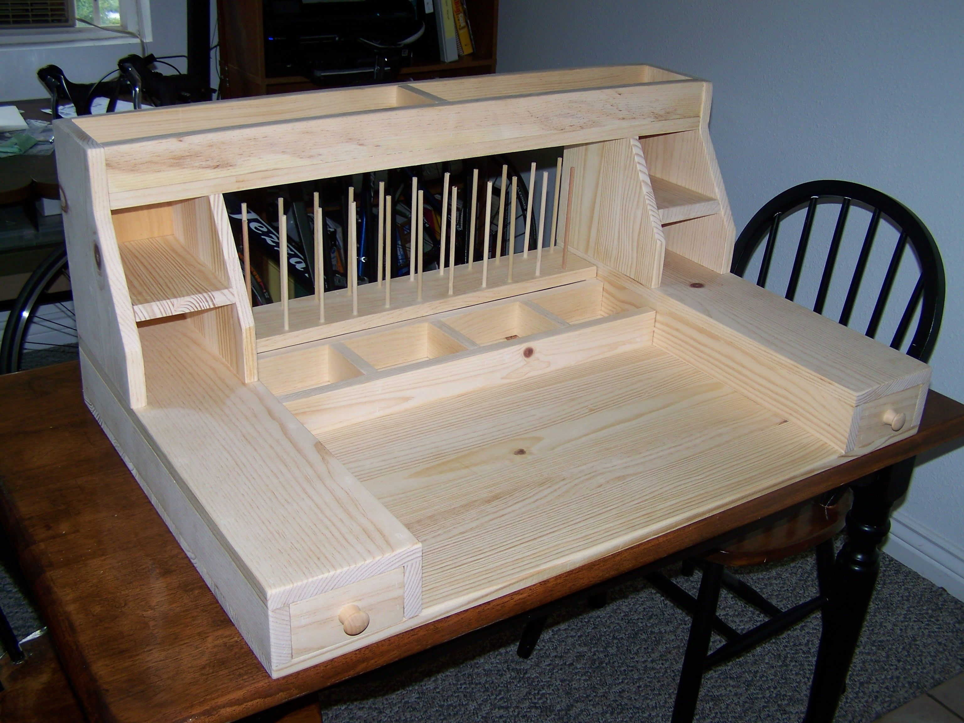 Fly Tying Desks And Benches - Fly tying bench