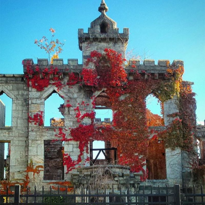 Abandoned Since The 1950s, This Former Smallpox Hospital