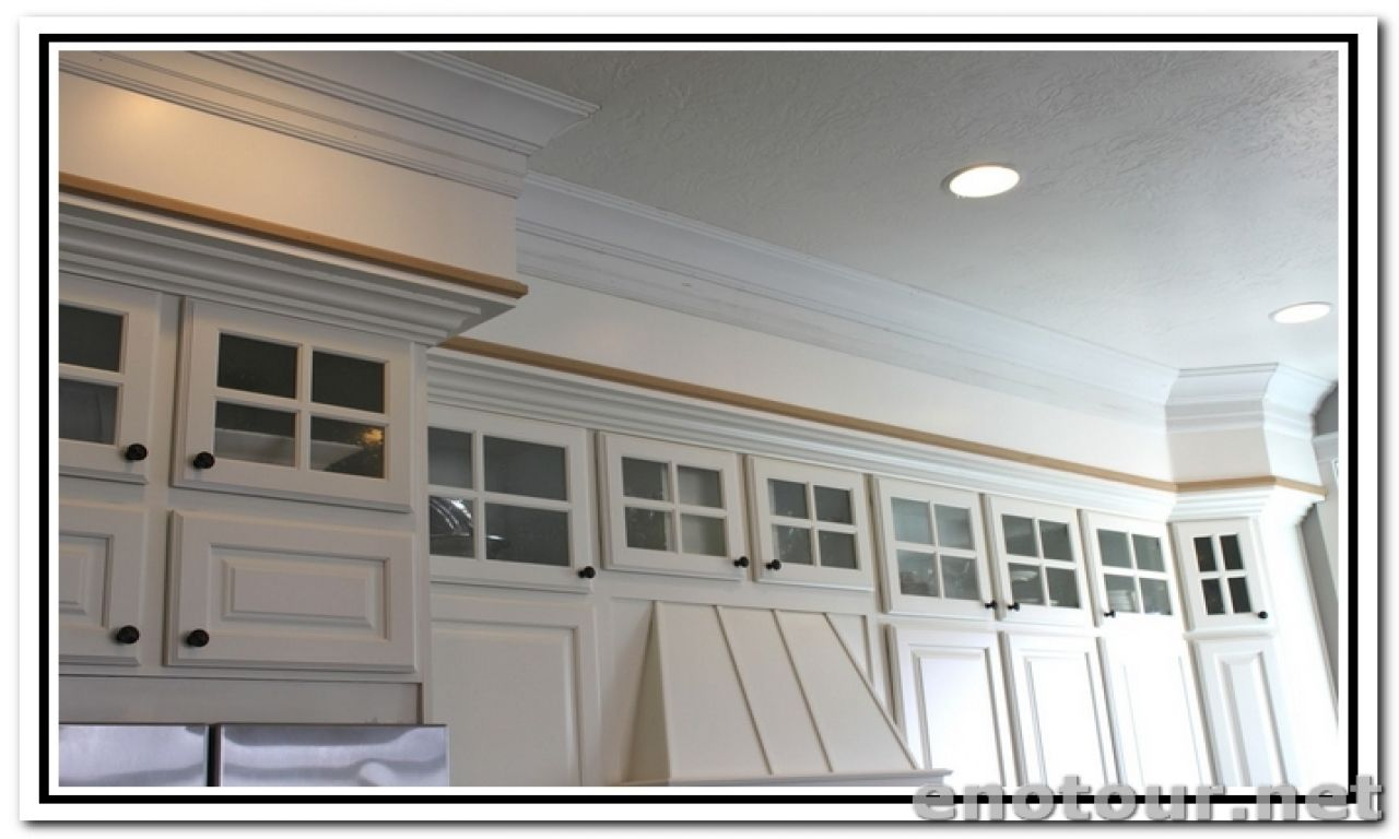 Update Kitchen Cabinets With Crown Molding It S Time To Take A Brand New Look In The House Kitchen Soffit Kitchen Cabinet Crown Molding Crown Molding Kitchen