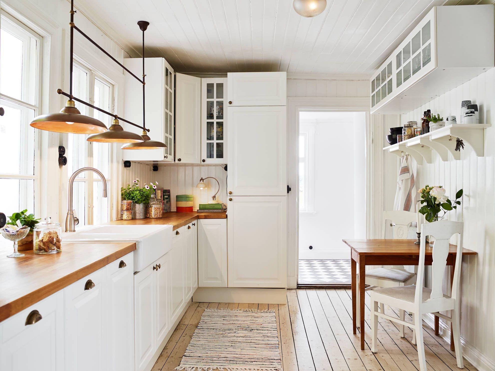 Kitchen kitchen pinterest cocinas clasicas ideas for Cocinas blancas clasicas
