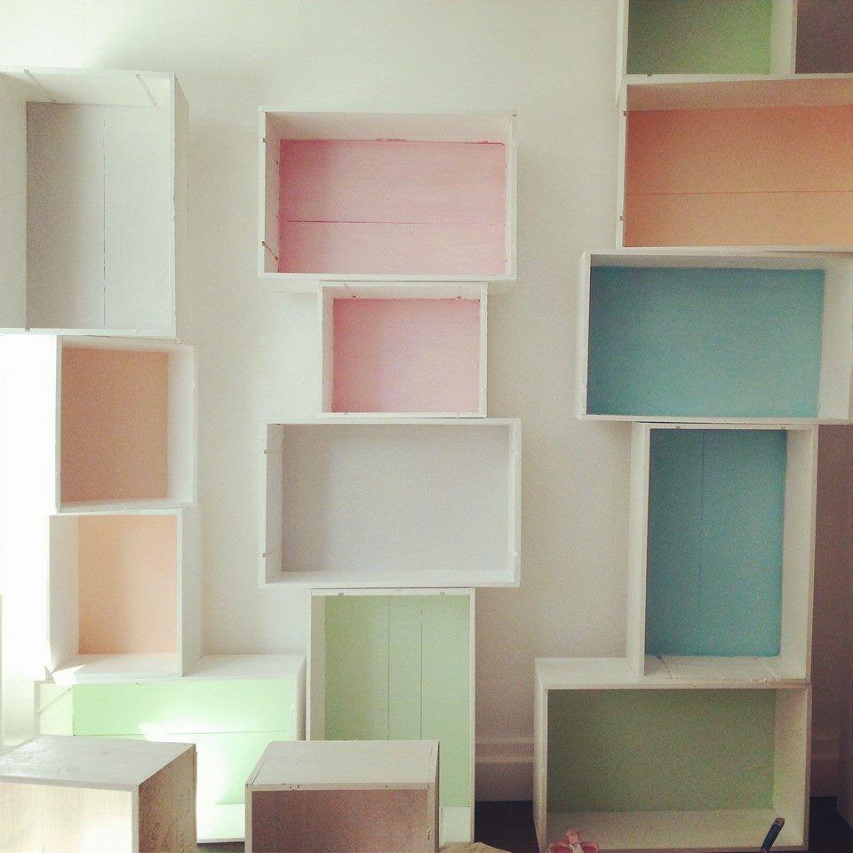 caisses vin boutique tilt diy pinterest caisse vin et boutique. Black Bedroom Furniture Sets. Home Design Ideas