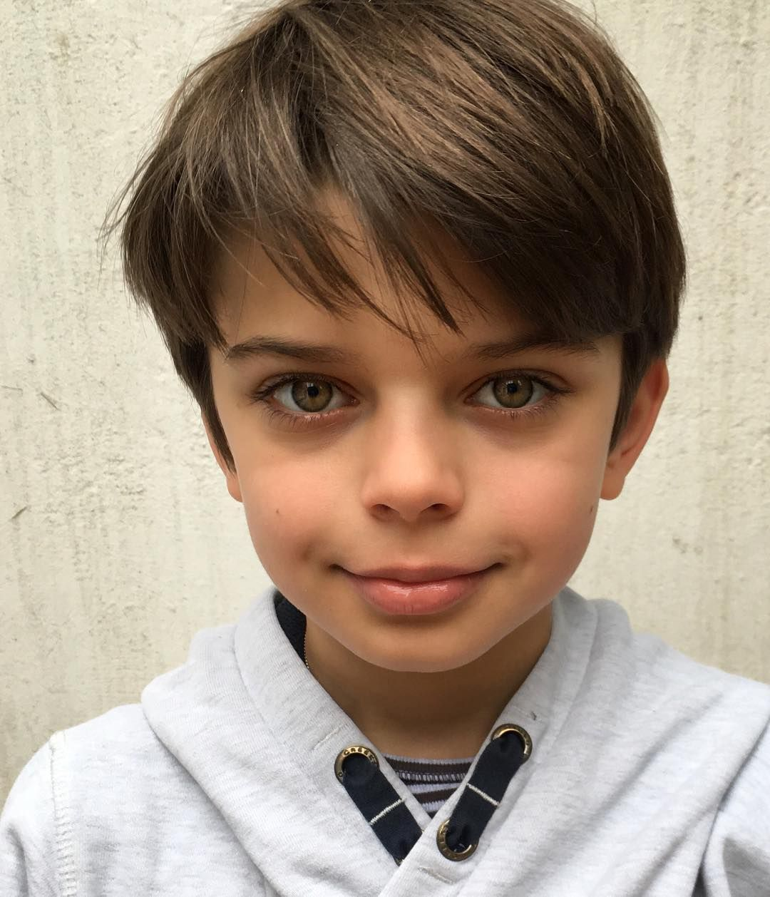 Jules Manchez On Instagram Just Me Julesmanchez Littlemodel Greeneyes Sweat Boy Modelboy Pho Boy Haircuts Long Little Boy Haircuts Young Cute Boys
