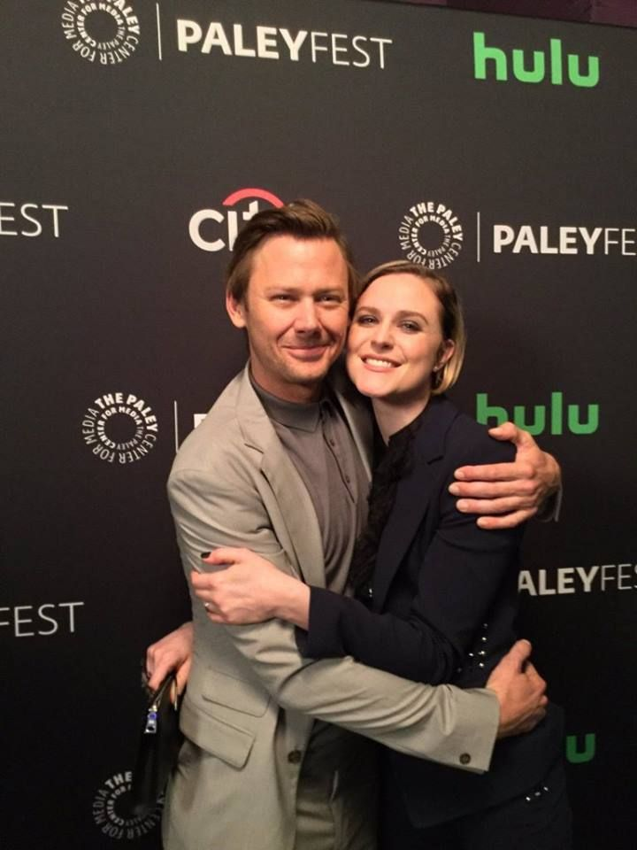 15 Things We Learned About Westworld in the PaleyFest 2017 (With images) | Jimmi simpson. Evan rachel wood. Dolores westworld