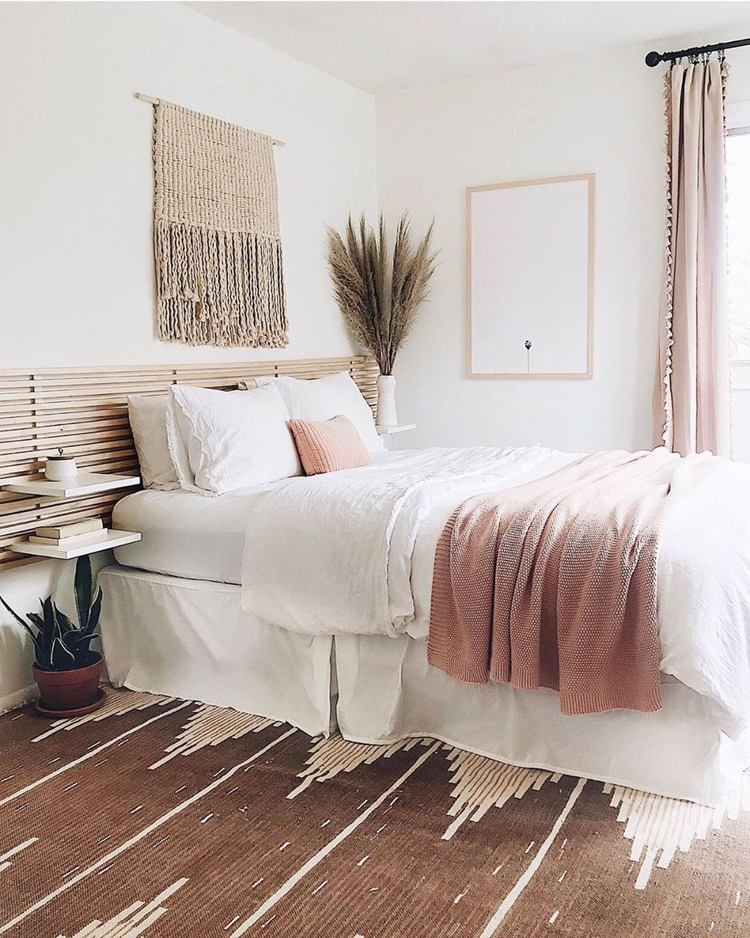 60+ Bohemian Minimalist with Urban Outfiters Bedroom Ideas - 60+ Bohemian Minimalist with Urban Outfiters Bedroom Ideas Liketogirls liketogirls Home Decor Bedroom decor; cozy bed room decor apartment; modern bed room decor ideas on a budget; bed room decor ideas rustic #bedroomdecor     Liketogirls  Bedroom decor; cozy bed room decor apartment; modern bed room decor ideas on a budget; bed room decor ideas rustic #bedroomdecor liketogirls  60+ Bohemian Minimalist with Urban Outfiters Bedroom Ide #minimalisthomedecor