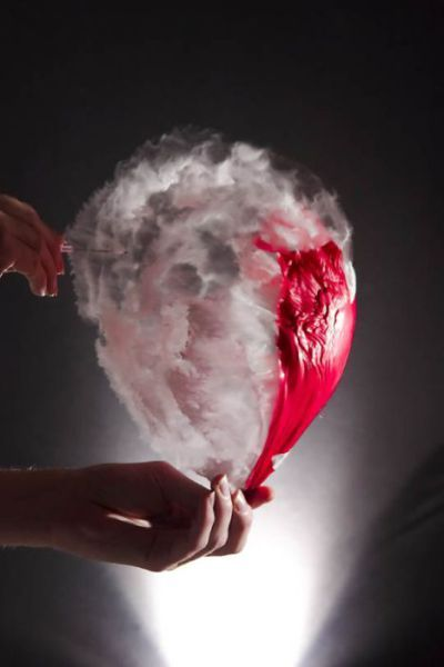 Astonishing Slow Motion Water Balloon Explosion Pics