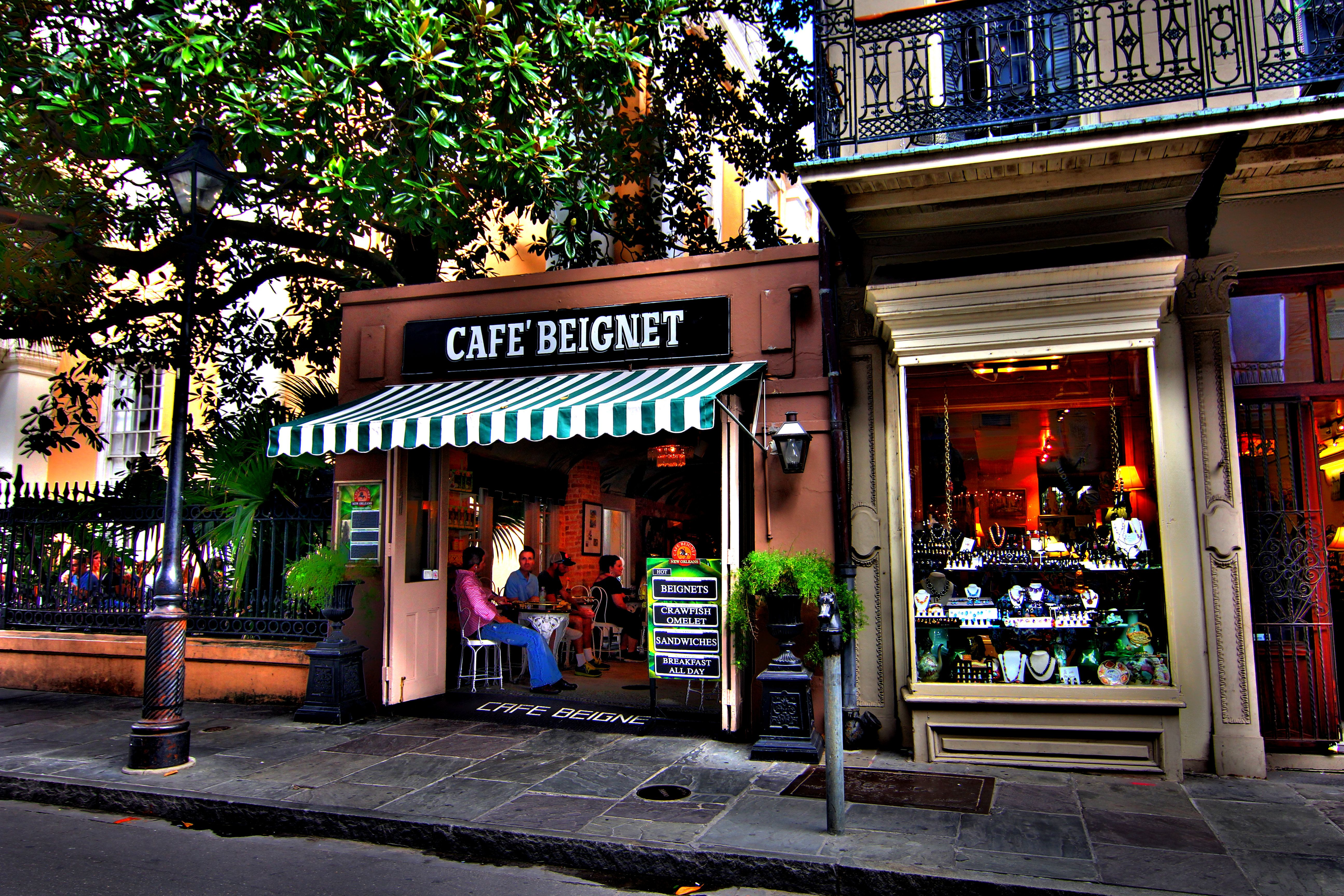 Cafe Beignet In New Orleans Hdr Canon 60d Tokina 11 16 At F 6 3 Hdr Photography Cafe Beignet Orleans