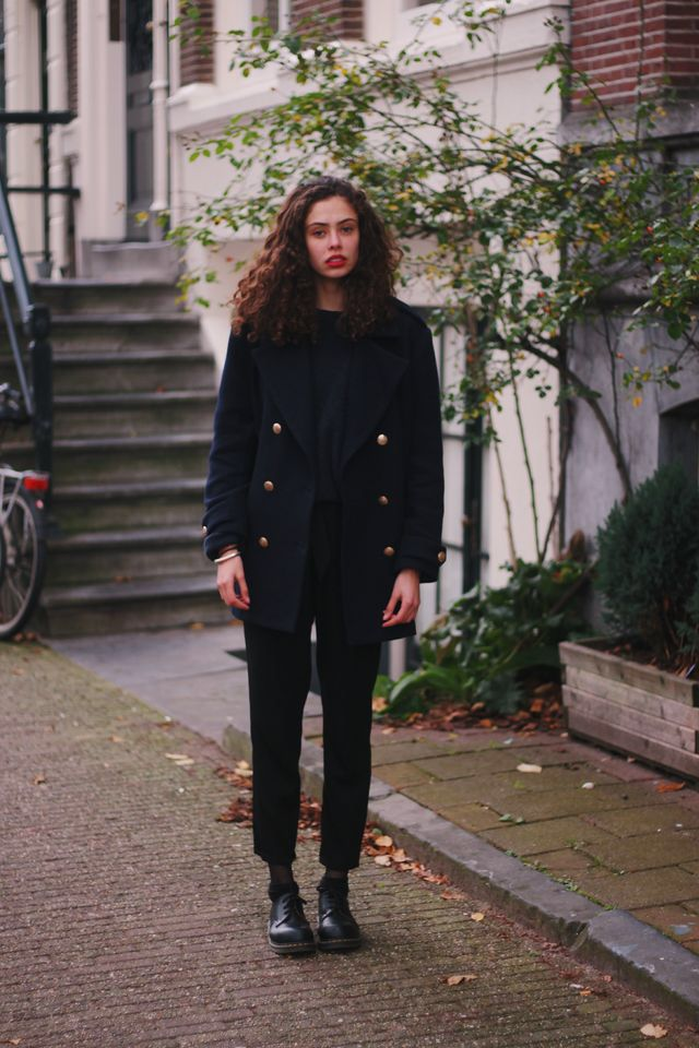 OUTFIT | BLACK & BLUE (& BRIGHT RED)