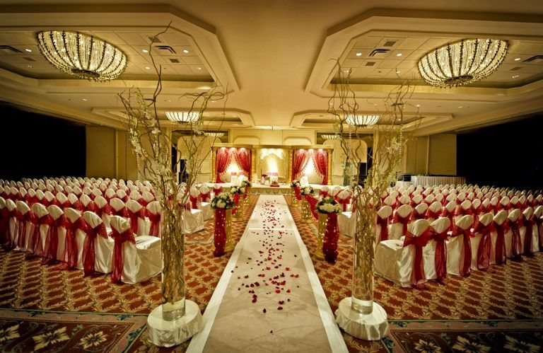 10 Major Wedding Money Wasters Banquet Hall Wedding Reception Venues Low Cost Wedding