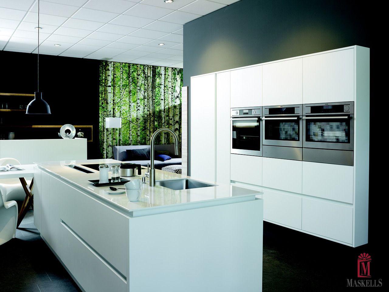 Wonderful artistic canvas style kitchen. #luxury #rare #kitchen ...