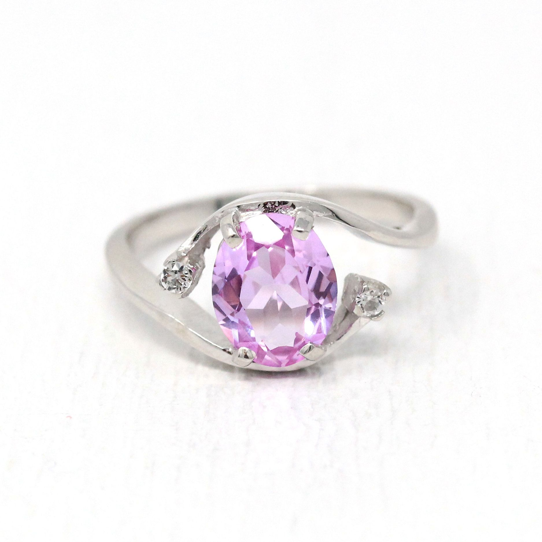 Created Pink Sapphire Ring Retro 10k White Gold Oval 1 84 Ct Etsy In 2020 Pink Sapphire Ring Pink Sapphire Retro Ring