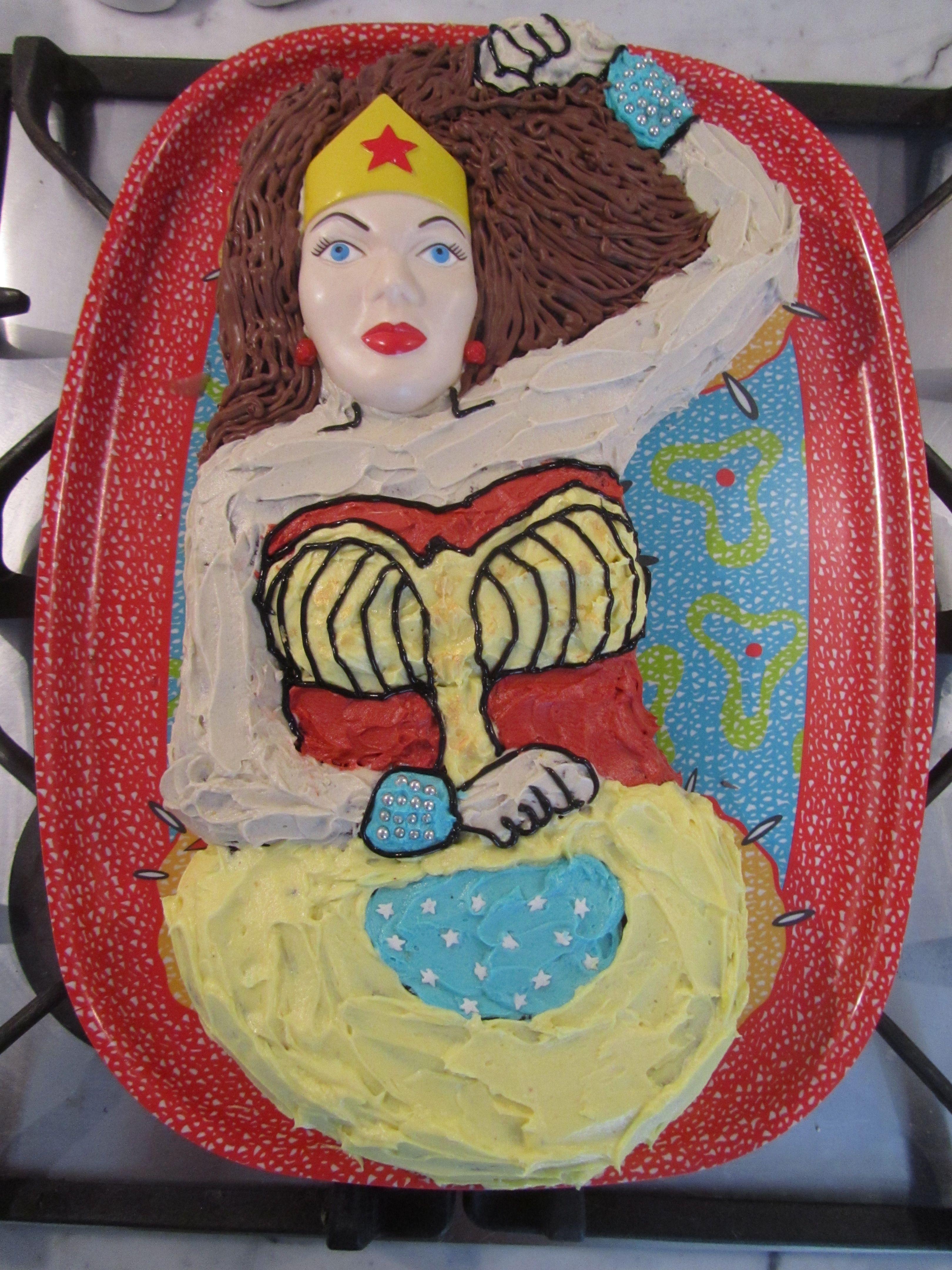Wonder Woman Cake Pan Cake Recipe
