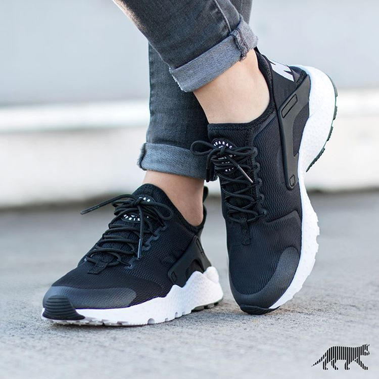 "6d720e887e76 ""Nike Wmns Air Huarache Run Ultra"