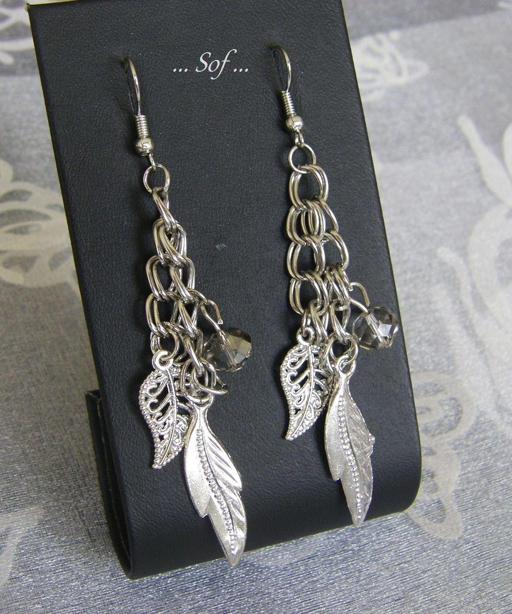 Boucles d'oreilles avec chaines et breloques en métal argent : Boucles d'oreille par la-boutique-de-sof