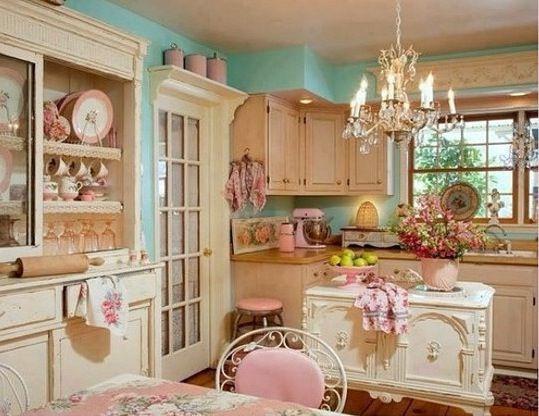 Beautiful girly kitchen - vintage