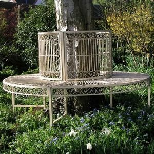 Old Rectory Tree Seat — The Worm that Turned #relax #rustic