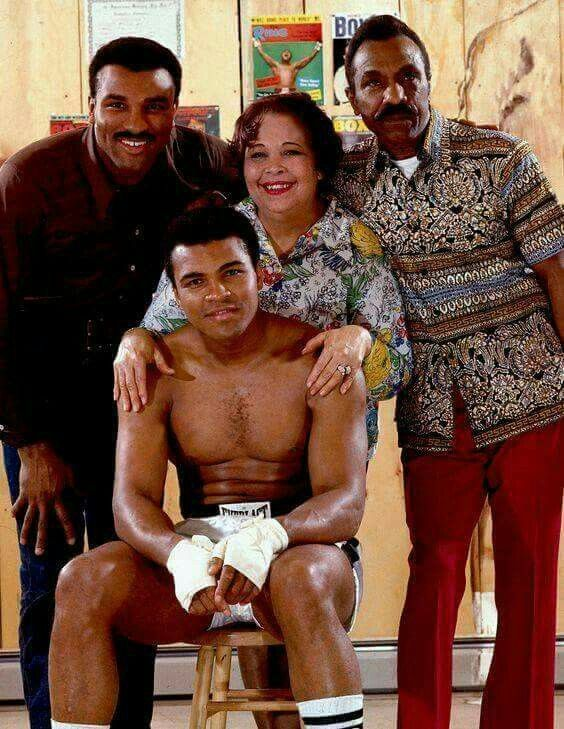 Muhammed Ali With His Mother Odessa Dad Brother