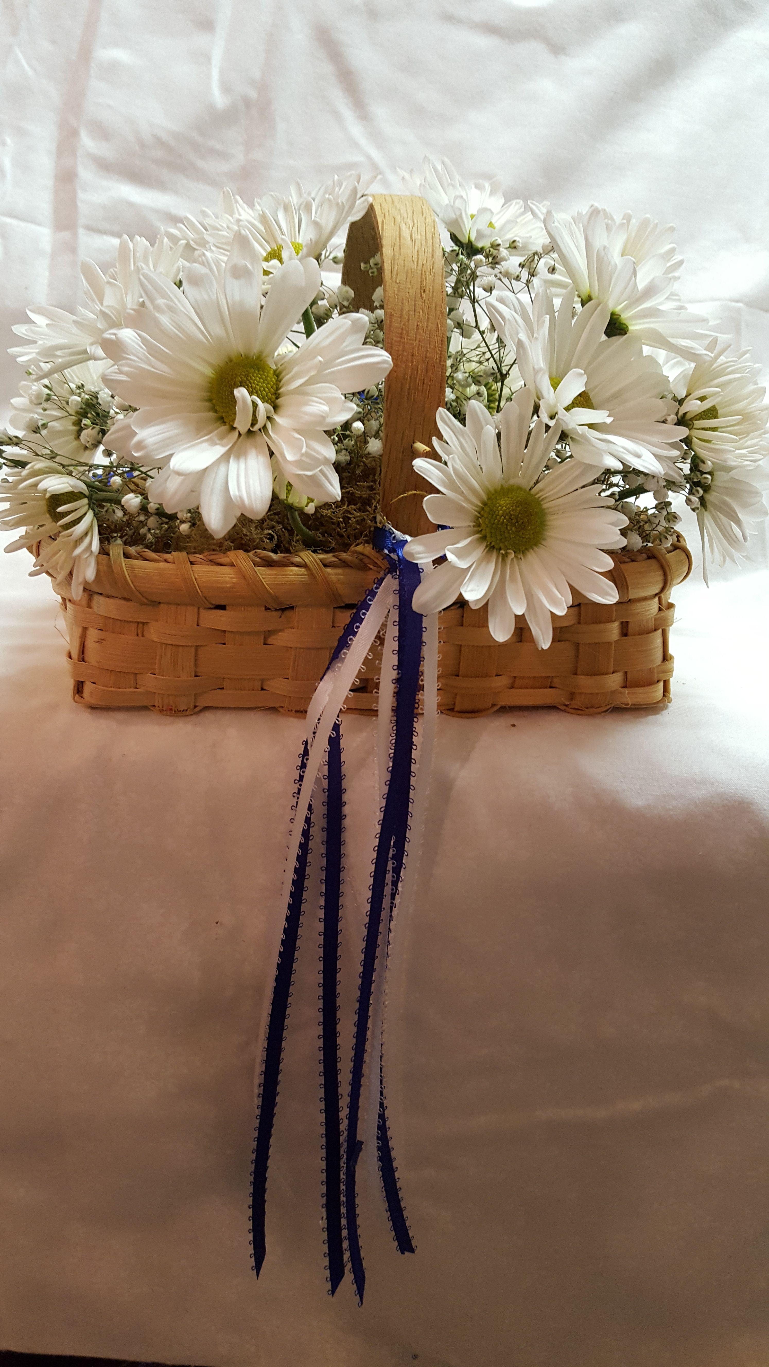 Daisy Flower Girl Basket Lauras Wedding Pinterest Flower Girl