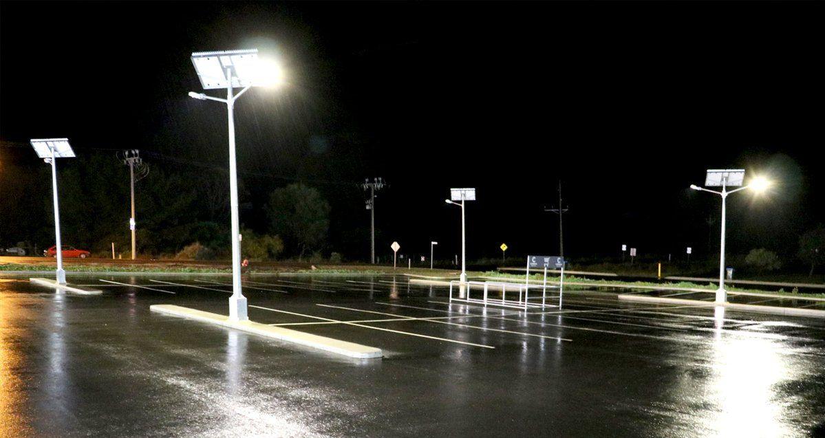 Led Solar Street Lights For Commercial Applications Solar Street Light Street Light Traditional Lighting