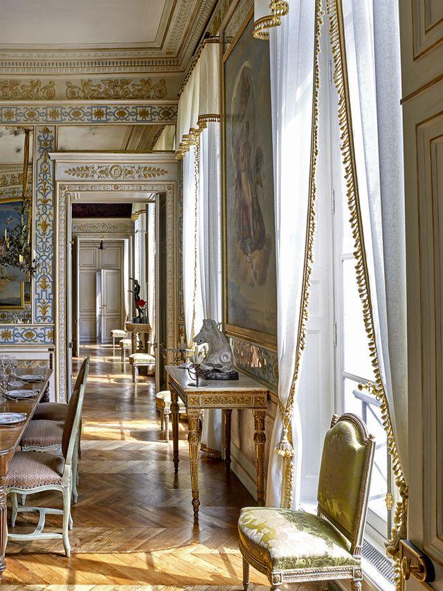Le duplex parisien de Pierre Bergé Curtains Pinterest Interior