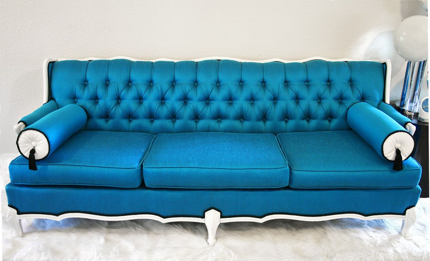 In Search Of Tufted Furniture Krrb Blog Blue Leather Sofa Blue Couch Decor Blue Tufted Sofa