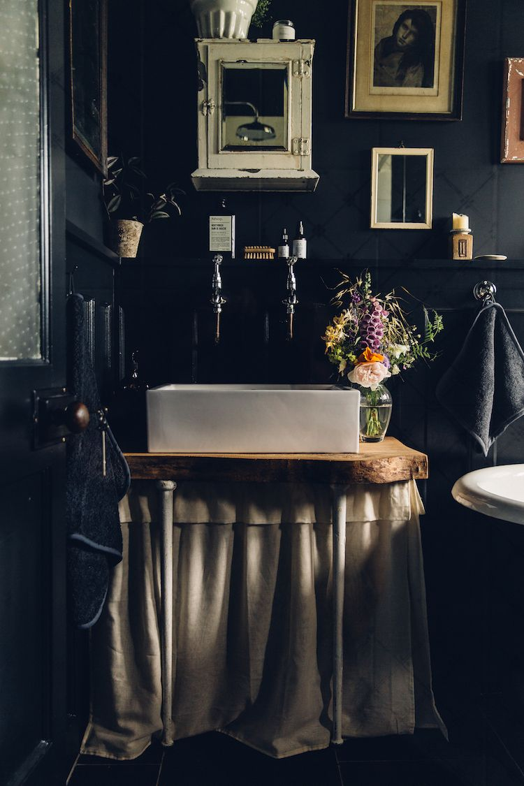 Make Over A Dated Bathroom Becomes A Tranquil Moody Oasis Sink