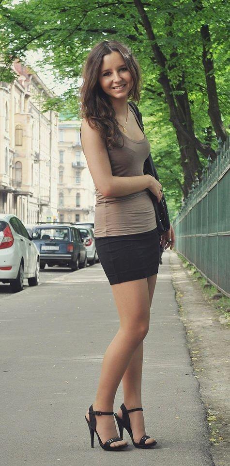 Pin Op Girls In Pantyhose