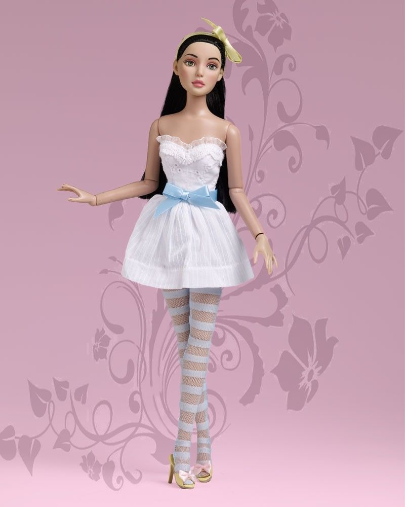 Simple Little Miette - Raven - Miette Collection - Tonner Doll ...