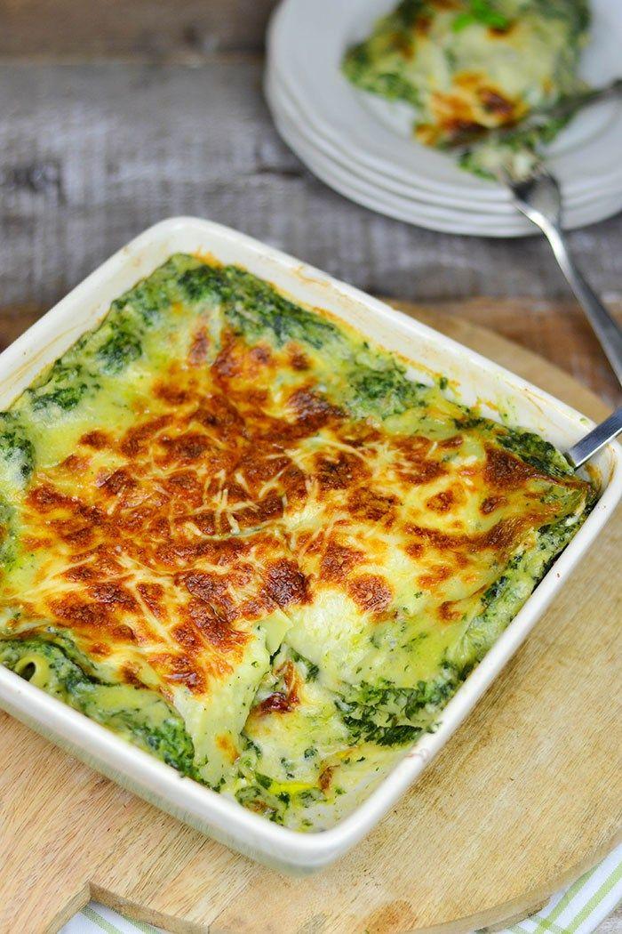 spinat lasagne mit gorgonzola lasagne spinat und auflauf. Black Bedroom Furniture Sets. Home Design Ideas